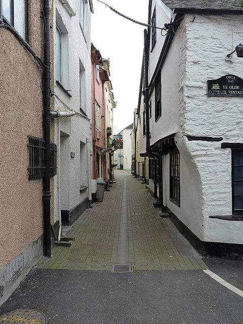 Middle Market Street in Looe