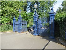 SP5206 : Gates to the Park by Bill Nicholls