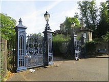 SP5206 : Lodge by the Gates by Bill Nicholls