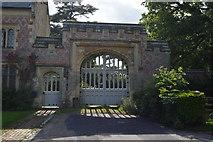 TQ5446 : Gateway to Hall Place by N Chadwick