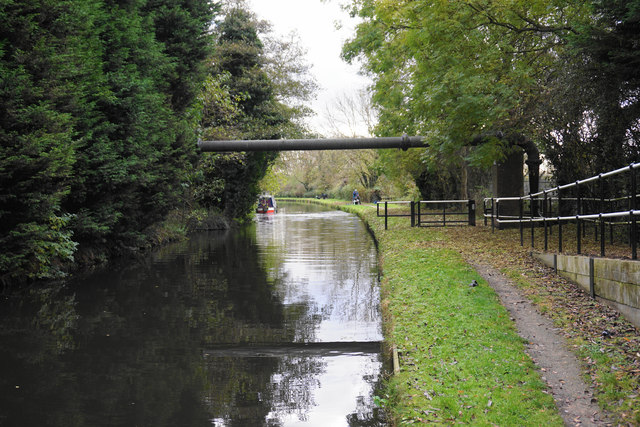 The Staffordshire & Worcestershire Canal near Coven Heath