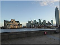 TQ3078 : Vauxhall Bridge and buildings on either side by David Smith