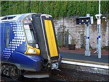 NS3174 : Port Glasgow railway station by Thomas Nugent