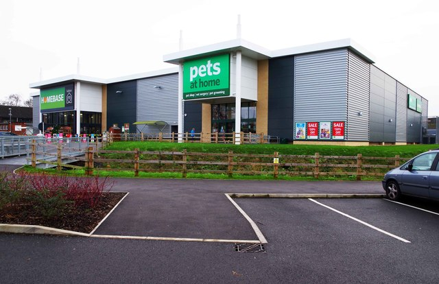 Homebase And Pets At Home Sherwood C P L Chadwick Cc By Sa 2 0