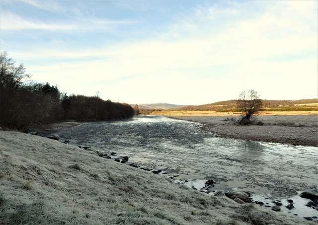 River Dee with ice floes