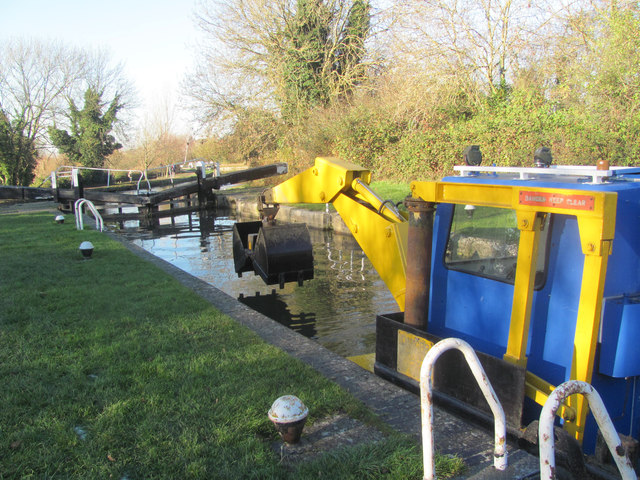 A dredger in Lock 42 of the Grand Union Canal