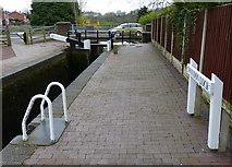 SO8690 : Swindon Lock No 18 by Mat Fascione