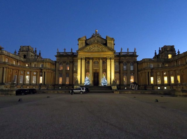 Blenheim Palace in the evening