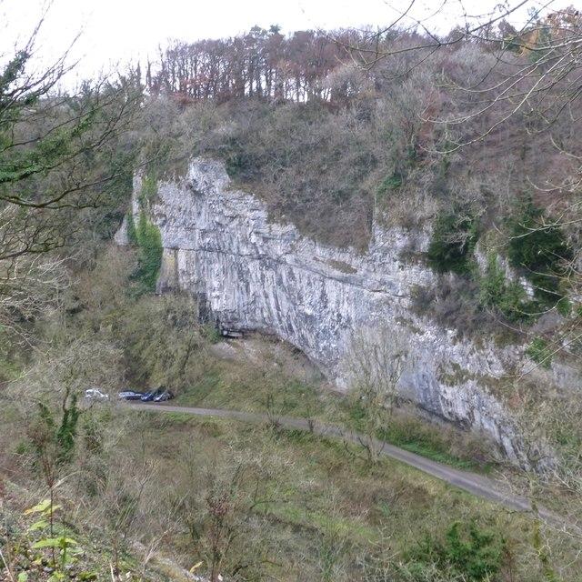 Ravenstor cliff from the Monsal Trail