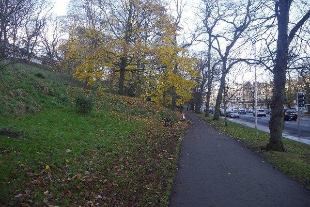 Path beside London Road
