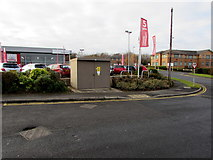 SO9568 : Buntsford Hill One electricity substation, Bromsgrove by Jaggery