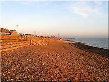 TQ2704 : Western Esplanade Beach, Hove by Simon Carey