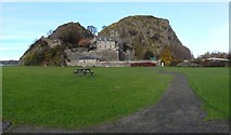 NS4074 : Dumbarton Rock from Pier Park by Lairich Rig