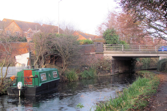 A winter view of Bridge 18 on the Aylesbury Canal