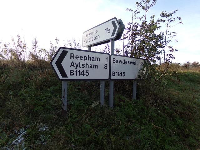 Roadsigns on the B1145 Dereham Road