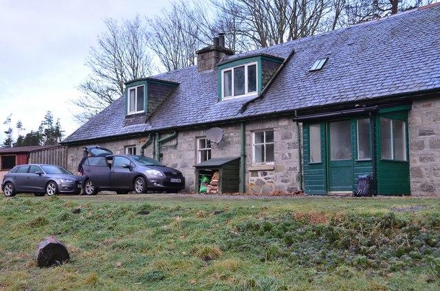 Estate cottage, Gallovie
