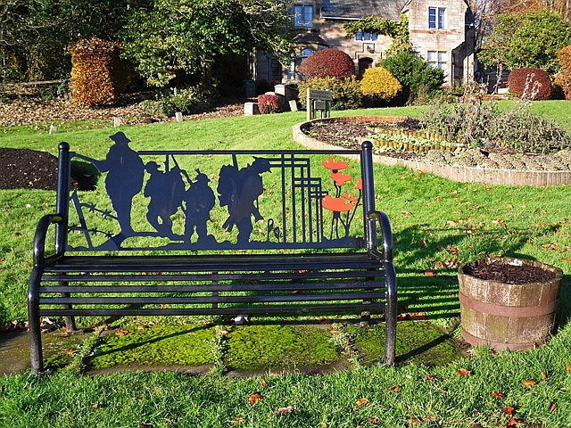 WW1 memorial bench at The Sands