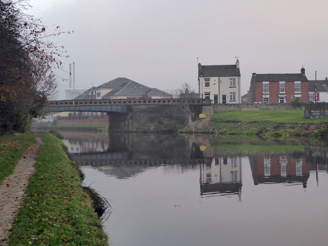 Cow Lane Bridge over the Aire & Calder Navigation