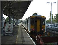 TM1543 : Platform 1, Ipswich Railway Station by JThomas