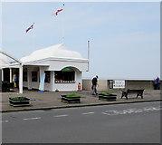 ST3049 : Ice cream shop on the Esplanade, Burnham-on-Sea  by Jaggery