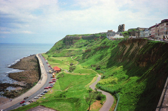 Clarence Gardens and Scarborough Castle