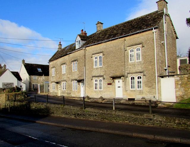 Row of three houses above Charlton Road, Tetbury