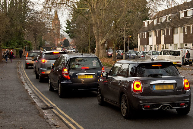 Afternoon traffic queuing on Reading Road, Henley
