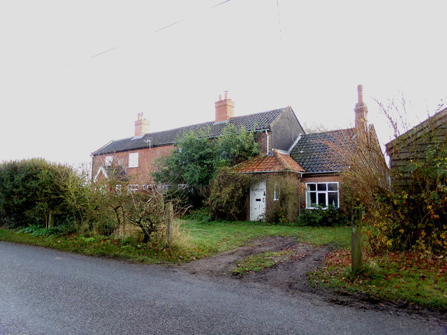 Wheatsheaf House, Ubbeston Green