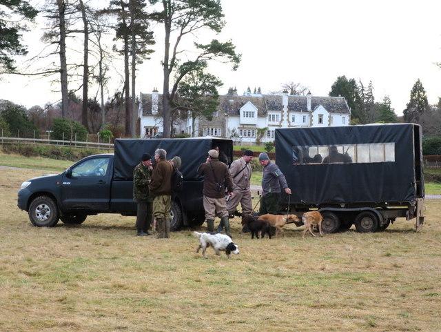 Post lunch - shoot officials await the guns