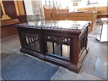 TF6120 : Inside St Nicholas' Chapel, King's Lynn (10) by Basher Eyre