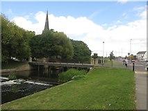 NZ2914 : River Skerne, Darlington by Graham Robson