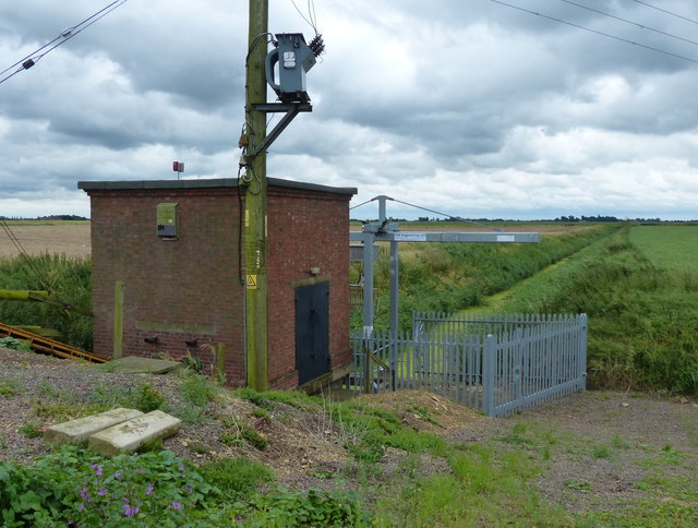 Reed Fen pumping station and the Euximoor Drain