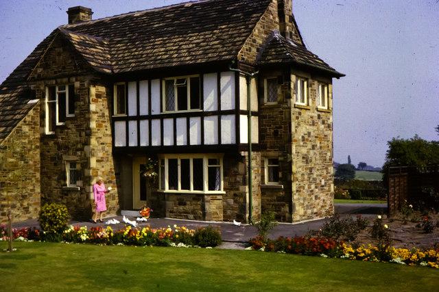 Dwelling house, Bingley Road