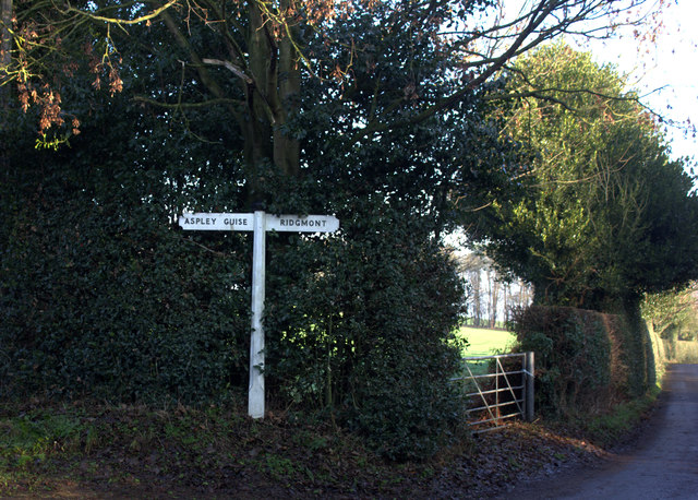 Junction of Woburn Lane and Aspley Lane