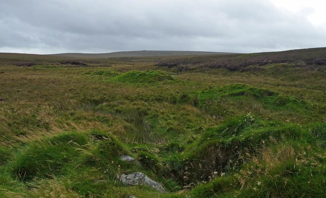 Shieling mounds by the Abhainn Dhail, Isle of Lewis