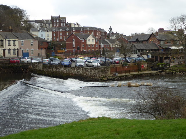 The weir by the Mill on the Exe