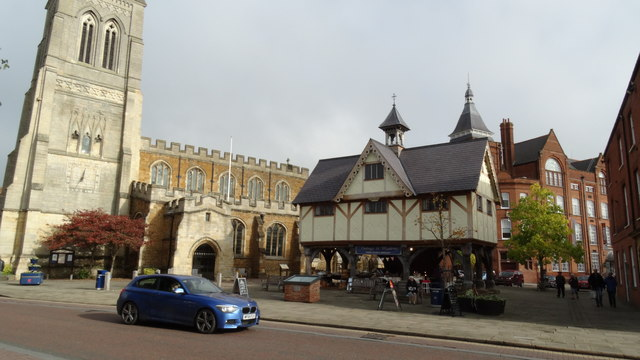 Market Harborough - St Dionysius Church & the Old Grammar School