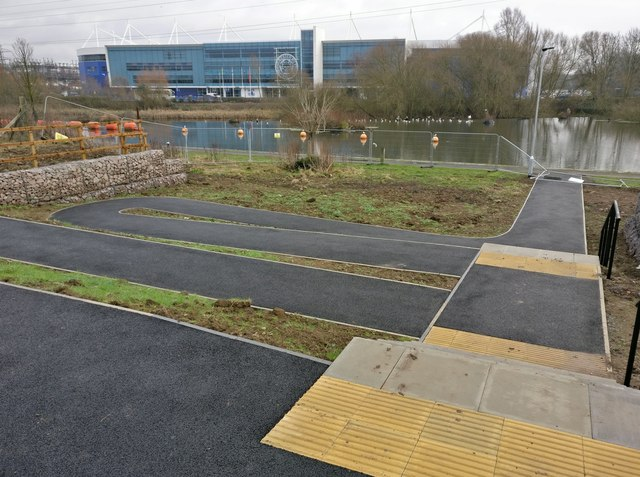 New path and steps at Freemans Meadow