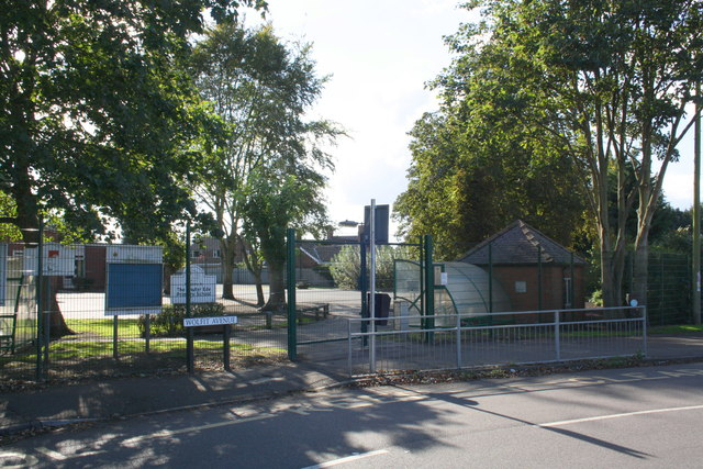 Entrance to The Chuter Ede School from Wolfit Avenue
