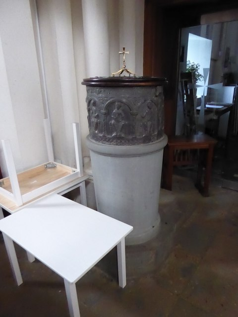 St Peter, Walton-on-the Hill: font