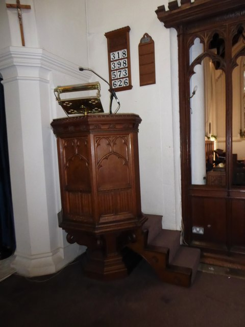 St Peter, Walton-on-the Hill: pulpit