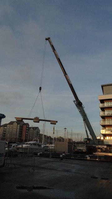 Portishead Marina - Delivering a pontoon
