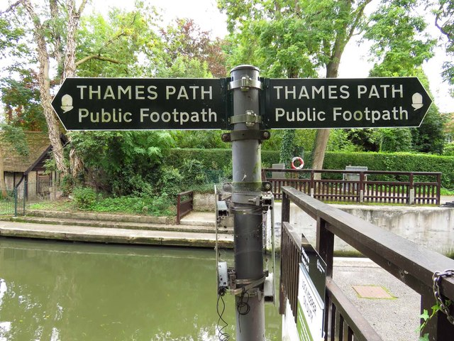 Thames Path signs by Hurley Lock