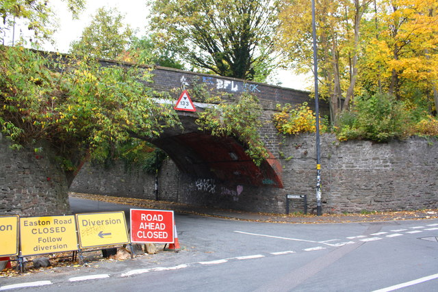 Easton Road bridge at junction with Whitehall Road