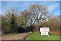 SU8292 : Entrance to Grove Farm by Des Blenkinsopp