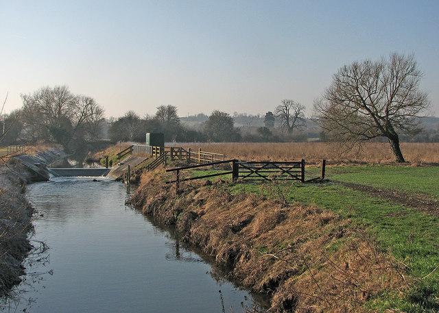 A weir on the Cam near Haslingfield