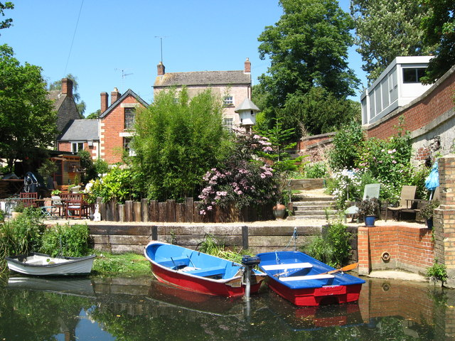 Canalside at Ryeford - Stonehouse, Gloucestershire