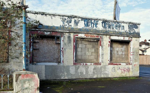 Derelict buildings, Shore Road/Gray's Lane, Belfast - January 2017(2)