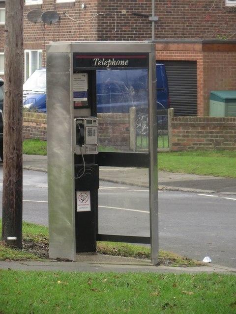 Public telephone box, Northumberland Park