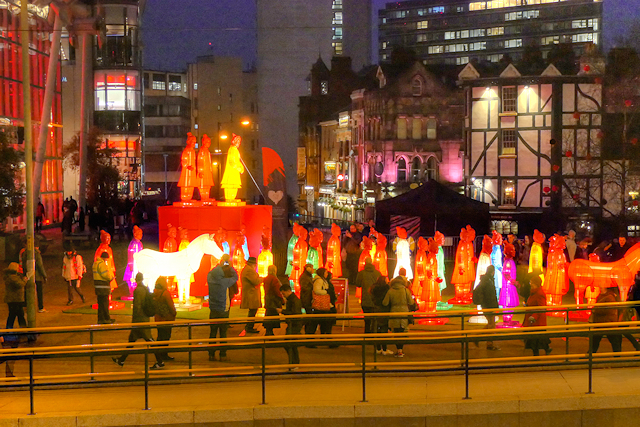 Exchange Square, Lanterns of the Terracotta Warriors
